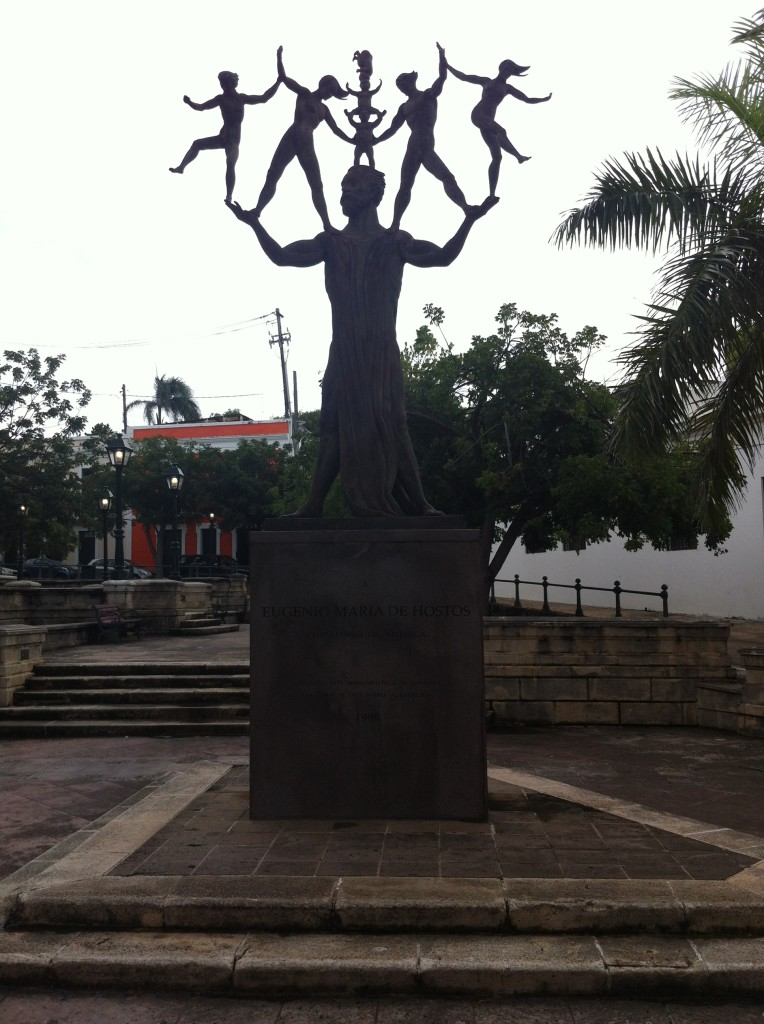 Statue of Eugenio Maria de Hostos